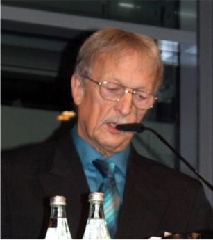Rolf Schowalter spricht beim Neujahrsempfang