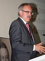 Günter Gloser am Rednerpult